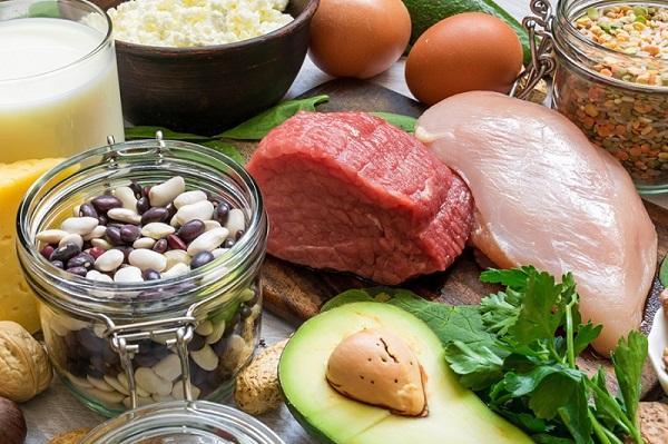 آشنایی با ویتامینها و مواد مغذی برای سلامت چشم
