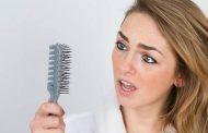 ۶ دلیل ریزش مو در خانمها + درمان
