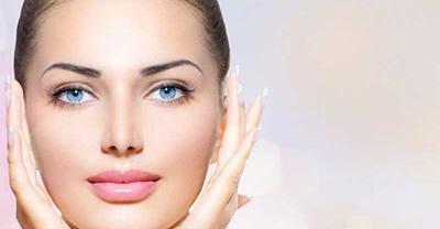 ۶ عادت شبانه که پوستتان را نابود میکند