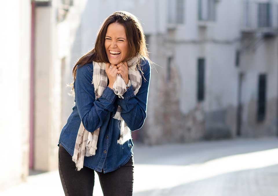 تقویت سیستم ایمنی بدن با خندیدن