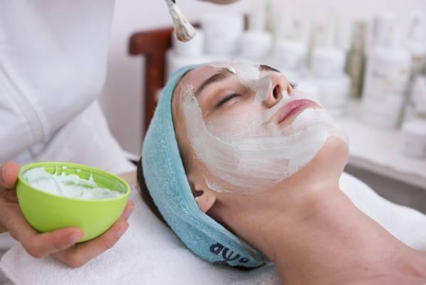 نسخه های ۳ سوت برای درمان قرمزی پوست صورت