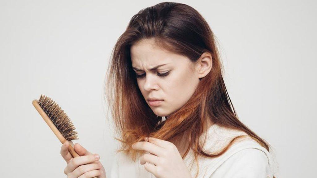 اصلی ترین علت ریزش مو و راه های پیشگیری از ریزش مو  ریزش مو