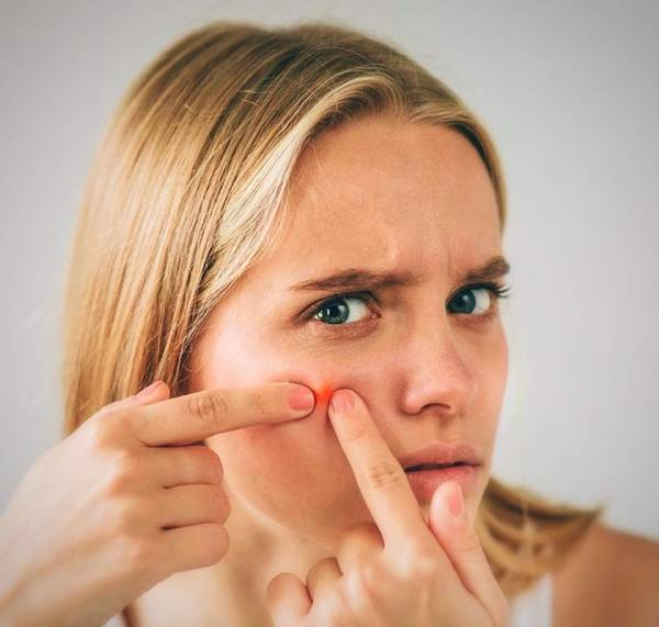 یک پیشنهاد عالی برای اسکراب پوست صورت