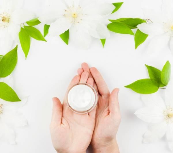 روغن نارگیل یک ضد آفتاب طبیعی برای پوست + دستورالعمل